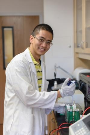 Avram Lab Members, Jonathan Cho, MD/PhD student